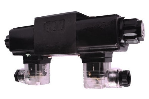 Yuken DSG-03-2B8-D12-50 Solenoid Operated Directional Valves